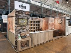 This exhibit from Duo Displays looks like it's made of rustic wooden timbers. But the booth actually comprises tensioned-fabric panels printed with wood-grain graphics.