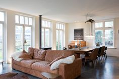 Sherylleysner   Interior Architecture & Project Management   Private house   Living room   Cognac leather sofa   Concrete floor  