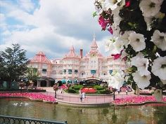 Disneyland in France is very pretty. Original Image, Red And Pink, Disneyland, Exotic, Beautiful Places, To Go, Scene, Mansions, House Styles