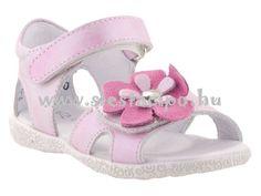 Rózsaszín szépség virággal csajos csajoknak! A minőség alapkövetelmény :) http://www.siestacipo.hu/ket-tepozaras-virag-mintas-ezust-rozsaszin-nappa-bor-siesta-richter-szandal-20-26