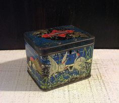 Small 1899 Carr British Biscuit Tin Antique Tin Box di tinprincess