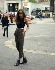 Crop top, trousers and boots