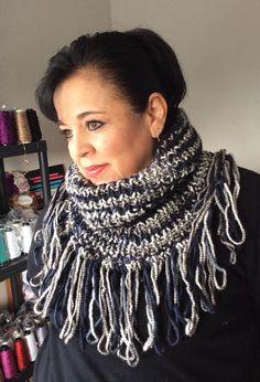 TEJIDO CUELLO TAPATÍO - Crochet Fácil y Rápido - Tejiendo con LAURA CEPEDA - YouTube