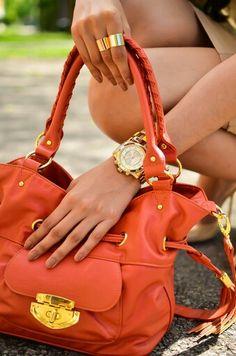Nice colour bag...