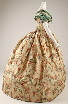 Dress; American; made with silk; 1860-63; side view