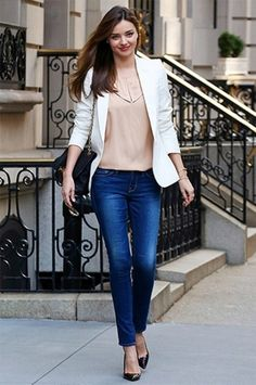 Casual Friday Perfection!  35 Fashionable Work Outfits For Women To Score A Raise | Styleoholic