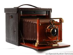 Kodak Eastman: Folding Improved No.5 camera