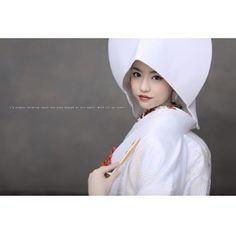 洋髪綿帽子のご紹介 綿帽子を被りたいけど、かつらはちょっと…という方にオススメ! 洋髪にお花をつけ綿帽子を被ると華やかになりますよ。  hair…