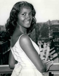 (aka Gypsy Marpessa Dawn Menor) was an American-born African American and French actress, singer, and dancer, best remembered for her role in the film Black Orpheus. Black Actresses, Classic Actresses, Vintage Black Glamour, Vintage Beauty, Marpessa Dawn, Black Orpheus, French Actress, Old Hollywood Glamour, African American Women