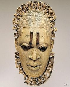 Queen Mother Pendant Mask: Iyoba Metropolitan Museum of Art