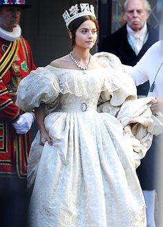 Jenna Coleman in 'Victoria' (2016).