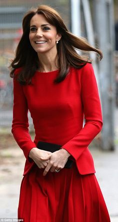 dailymail: Children's Christmas Party, Anna Freud Centre, North London, December 15, 2015-The Duchess of Cambridge