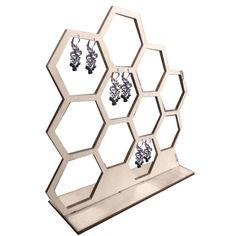 DIY - Easy and Stylish Jewelry Organizer Ideas 2019 - Wewer Fashion Jewelry Roll, Jewelry Tray, Jewelry Stand, Jewelry Armoire, Wooden Jewelry, Jewelry Holder, Jewellery Storage, Jewelry Organization, Jewellery Display