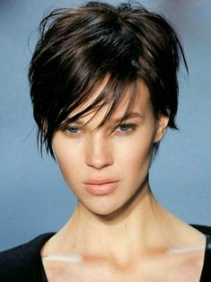 The pixie haircut is still on trend and getting one is the perfect way to stand out from the crowd. Long pixie hairstyles are a beautiful way to wear short. Short Thin Hair, Short Hair Cuts For Women, Short Hairstyles For Women, Trendy Hairstyles, Beautiful Hairstyles, Pictures Of Short Haircuts, Short Pixie Haircuts, Hairstyles Haircuts, Haircut Short