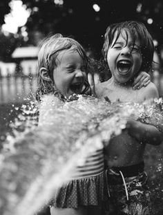 Fun. Water. Hoespipe. Kids. Siblings. Summer!