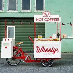 Café em duas rodas: chefs ganham as ruas vendendo comida em bicicletas