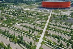 some say this parking lot is shrubbish. Farmhouse Landscaping, Modern Landscaping, Landscaping Plants, Front Yard Landscaping, Landscape And Urbanism, Landscape Edging, Urban Landscape, Garden Design Pictures, Eco City