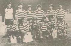 Bela Katzirz guarda-redes Hungaro, aqui na foto de equipa
