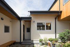 3대가 함께 살아가는 집   1boon Concept, Doors, Interior, Outdoor Decor, House, Home Decor, Decoration Home, Indoor, Home