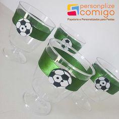 Resultado de imagen para centros de mesa de futbol Soccer Birthday Parties, Football Birthday, Soccer Party, Sports Party, Birthday Party Themes, Harry Birthday, 10th Birthday, Soccer Banquet, Senior Night Gifts