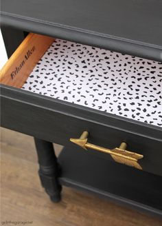 Use black Chalk Paint for stunning painted furniture! Learn how to Chalk Paint furniture with Athenian Black and black wax. Painted furniture ideas by Girl in the Garage Black Painted Furniture, Chalk Paint Furniture, Diy Furniture Projects, Furniture Makeover, Black Chalk Paint, Upcycled Crafts, Furniture Restoration, Decoupage, Wax