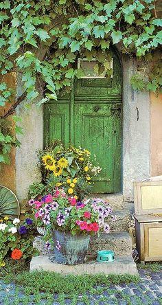 Lovely cottage entrance