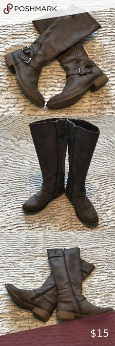 Report women's size 8 brown tone boots Treat yourself to a comfy pair of boots size Shipped with USPS priority Mail Report Shoes Heeled Boots Shoes Heels Boots, Heeled Boots, Plus Fashion, Fashion Tips, Fashion Trends, Priority Mail, Comfy, Pairs, Brown