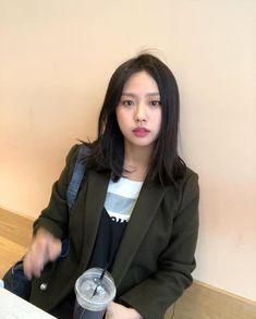 Korean Actresses, Korean Actors, Actors & Actresses, Ryu Won, Kdrama Actors, Korean Drama, Pretty People, Kpop Girls, Korean Girl