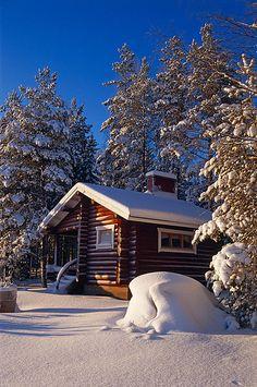 Wintercottage_Lakeland_Finland