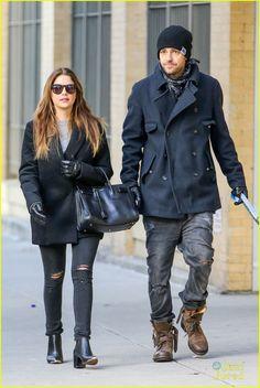 Ashley Benson & Ryan Good: Holding Hands Again in NYC! | ashley benson ryan good handholding nyc 02 - Photo