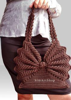 Marvelous Crochet A Shell Stitch Purse Bag Ideas. Wonderful Crochet A Shell Stitch Purse Bag Ideas. Bracelet Crochet, Bag Crochet, Crochet Shell Stitch, Crochet Handbags, Crochet Purses, Crochet Stitches, Crochet Patterns, Crochet Tutorials, Free Crochet