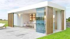 Love the idea of being able to close the glass doors ideas closed Midwest Modern Architecture in Michigan Modern Pergola, Pergola Patio, Backyard Patio, Pergola Kits, Gazebo, Modern Pool House, Modern Pools, Outdoor Rooms, Outdoor Living