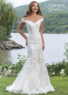 3f6926e5b862  VenereDiBerenice  Venere  Berenice  atelier  abiti  dress  moda   matrimonio · Abito Da Sposa ...