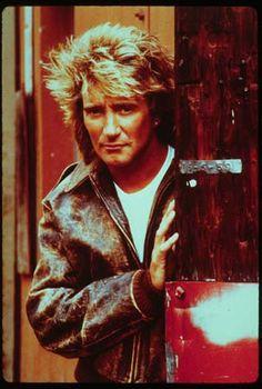 Rod Stewart - timeless talent!