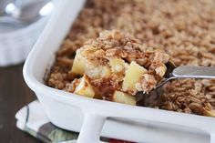 A delicious variation on baked oatmeal, this Amish-style apple and cinnamon baked oatmeal is so easy and delicious (and can be made the night before!).