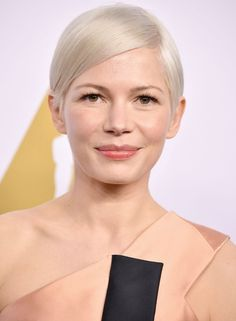 How to Preserve Your Platinum Hair Color in Between Salon Visits
