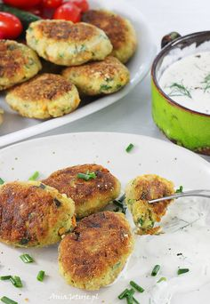 Kotlety z cukinii. Vegetable cutlets with zucchini. Vegetable Cutlets, Salmon Burgers, Zucchini, Meal Planning, Cake Recipes, Food And Drink, Menu, Tasty, Vegan