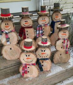 Best Pics Primitive Decor porch Ideas As soon as the previous school close friend strolled straight into my property 10 years in the past, the girl . Wooden Christmas Crafts, Outdoor Christmas Decorations, Diy Christmas Gifts, Rustic Christmas, Christmas Projects, Kids Christmas, Holiday Crafts, Christmas Ornaments, Wooden Snowman Crafts