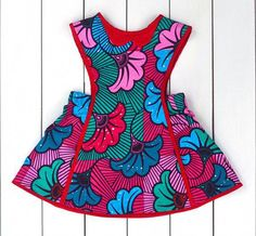 Make her the cutest and sweetest situation with many of the extremely lovely girls toddler & little one dresses. African Dresses For Kids, Latest African Fashion Dresses, African Print Fashion, African Kids, Robe Pinafore, Girls Pinafore Dress, Toddler Summer Dresses, Toddler Girl Dresses, Girls Dresses