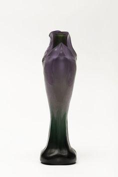 Vase in Form einer Löwenmaul-Blütenknospe   Ernest Bussière and Daum Frères   1898/99   Museum Für Kunst Und Gewerbe Hamburg   CC0