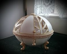 Carved Eggs, Egg Crafts, Egg Art, Egg Decorating, Decoupage, Ottoman, Carving, Fairies, Origami
