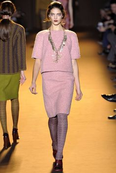 Rochas Fall 2012 Ready-to-Wear Fashion Show - Katryn Kruger