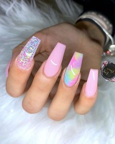 Some of my very most FAQs have to do with my nails! At any time I get my nails done I get tons and also lots of DMs regarding it. What did you do for you nails? Summer Acrylic Nails, Best Acrylic Nails, Acrylic Nail Designs, Colourful Acrylic Nails, Aycrlic Nails, Swag Nails, Posh Nails, Manicure E Pedicure, Fire Nails