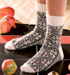 Listen to your Wanderlust by Stephanie van der Linden from Around the World in Knitted Socks: 26 Inspired Designs