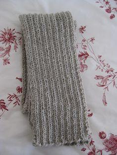 Bufanda gris (punto)