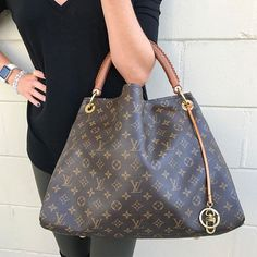 Get it QUICK! Call/text us at 813-382-9491 if you would like to purchase this LV Artsy MM before it goes online!