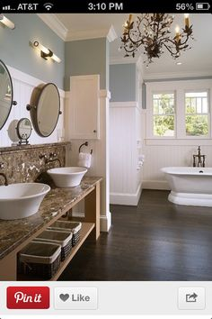 Love, also double sinks!