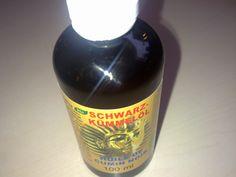 """Schwarzkümmelöl – Das Wundermittel aus Ägypten Im orientalischen Raum wird der """"echte Schwarzkümmel"""" bei vielerlei Beschwerden eingesetzt. Der echte Schwarzkümmel zeigt seine Wirksamkeit bei Schlafstörungen, Bluthochdruck, zur Steigerung des Immunsystems und sogar bei Krebserkrankungen. Schwarzkümmelöl zählt zu einem der hochwirksamsten Naturheilmitteln überhaupt. http://die-gesundheit.blogspot.de/2014/11/schwarzkummelol-hochwirksames.html"""