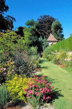20 best gardens to visit intheUK   Weekend   The Times & The Sunday Times