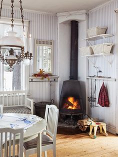 Farmhouse kitchen with fireplace country farmhouse, country decor, farm Country Decor, Farmhouse Decor, Country Charm, Country Farmhouse, Home Interior, Interior Design, Swedish Decor, Scandinavian Style, Fire Pit Furniture